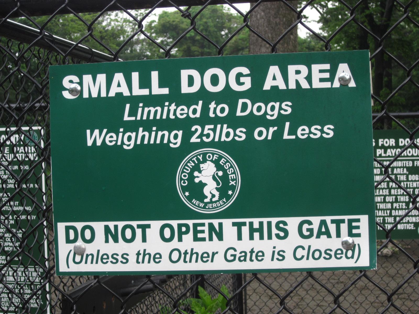 smalldogsign